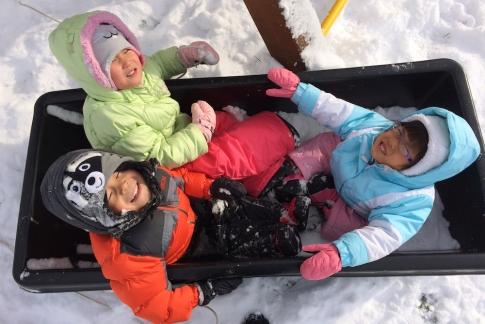 Lilyan, Roslyn, Jaden - Snow