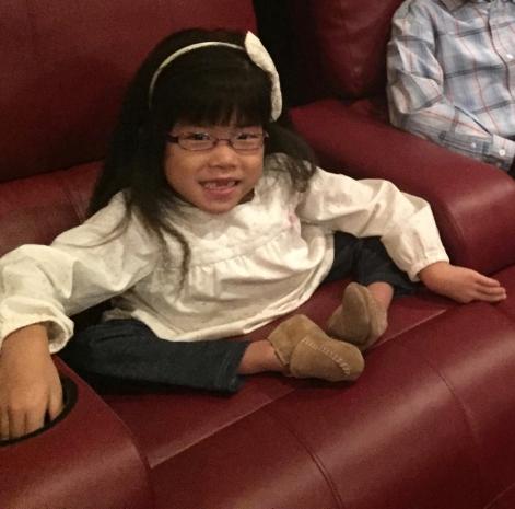 Lilyan Sitting - Before Surgery #10